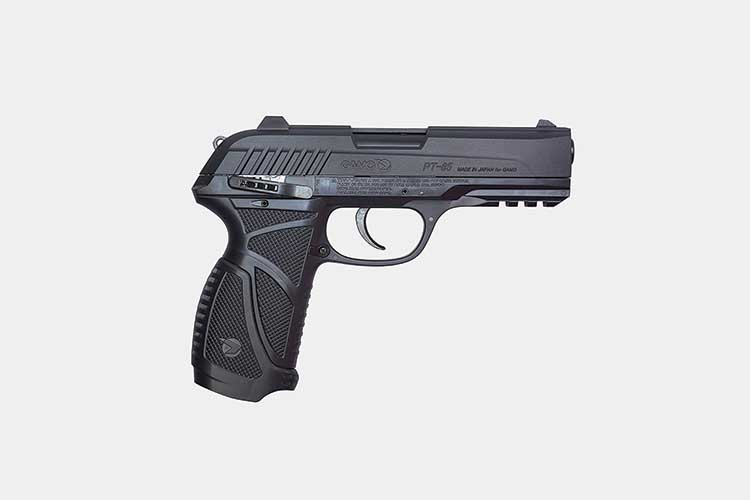 12 Best / Most Powerful Air Pistols Reviewed [CO2, Pellet