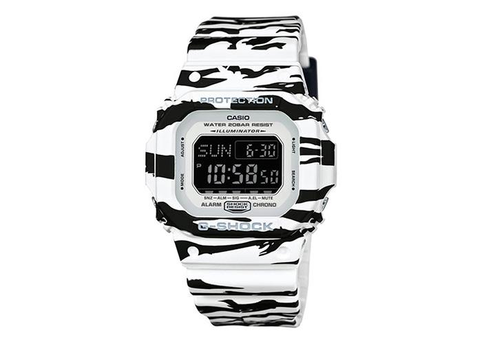 G-Shock DWD5600BW-7 Black And White Tiger Striped Series