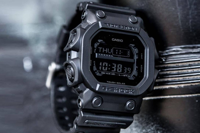 G Shock king of g extra large square series